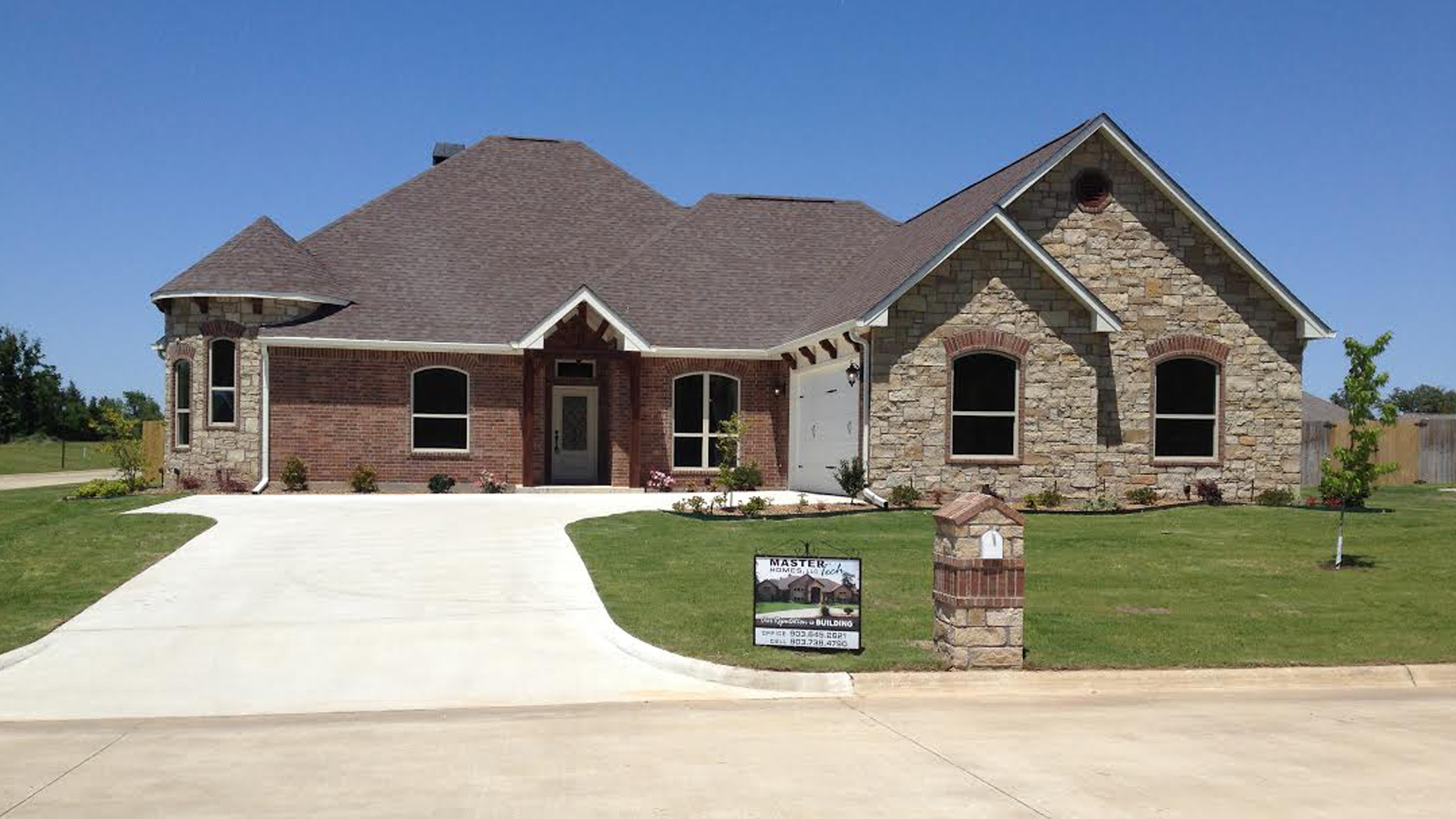 Longview Custom Homes